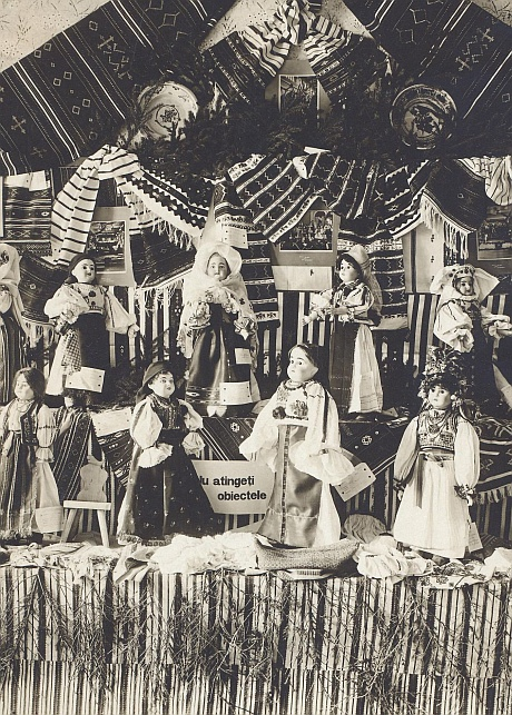 Papusi in expozitia Muzeului Asociatiunii 1905