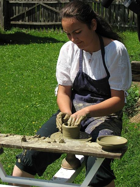 Educatie muzeala - Ateliere mestesugaresti