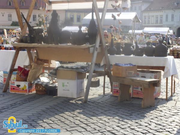 piata mare,TARGUL OLARILOR