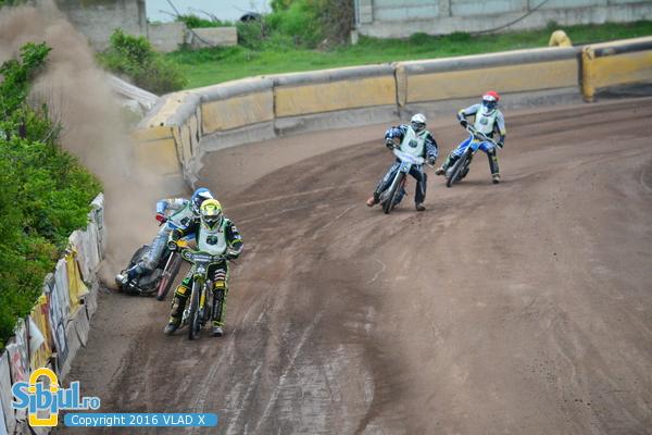 Dirt Track2016