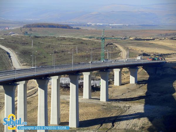 Autostrada A1 Orastie Sibiu / KM 62-63 / Viaduct Aciliu / Octombrie 2013