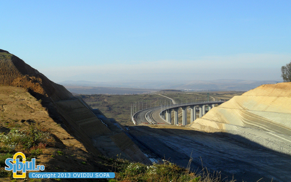 Autostrada A1 Orastie Sibiu / KM 63 / Viaduct si Tunel Aciliu / Octombrie 2013
