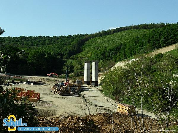 Autostrada A1 Orastie - Sibiu / Piloni viaduct Km 73 + 250