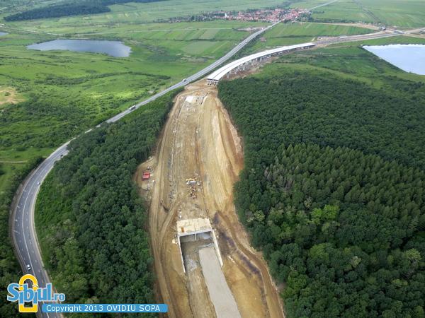 Autostrada A1 / Fotografie Aeriana Tunel Sacel / Km72