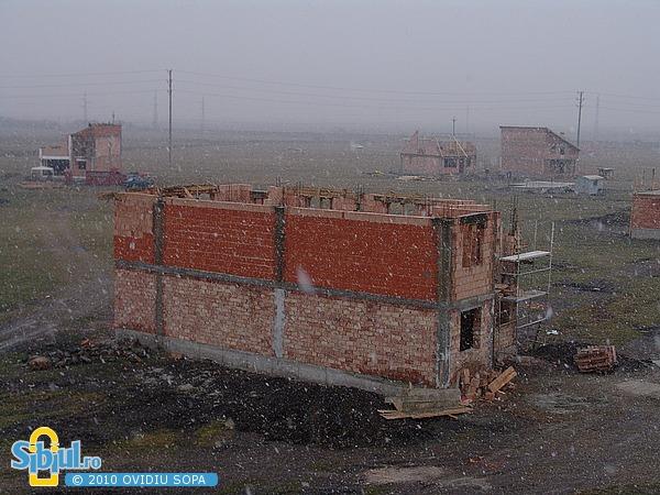 Cartierul Tineretului 2005 - Primele case