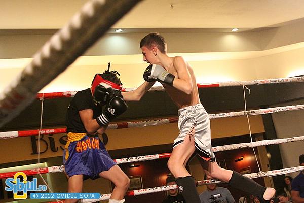 Bradistean Daniel vs Radu Danoiu / K1 Sibiu 2012