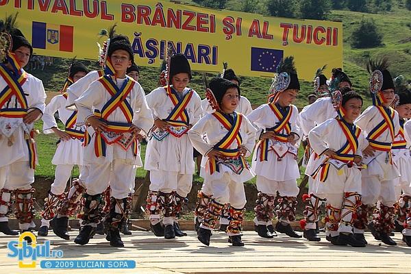 Festivalul branzei si al tuicii 2009