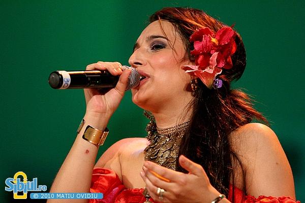 Lavinia Raducanu & Rromak la Sibiu World Music Festival 2010