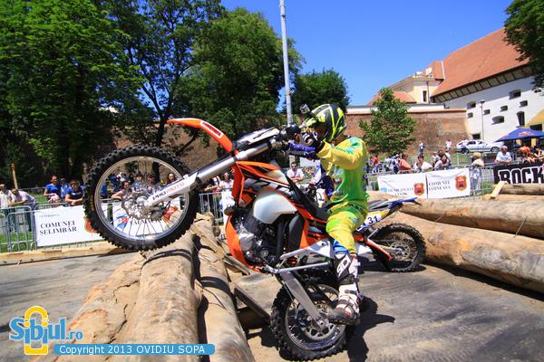 Red Bull Romaniacs 2013 - Prolog - PRO riders