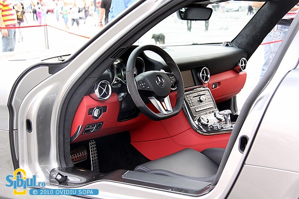 "AMG Mercedes SLS la Salonul Auto \""Masinaria 2010\"""