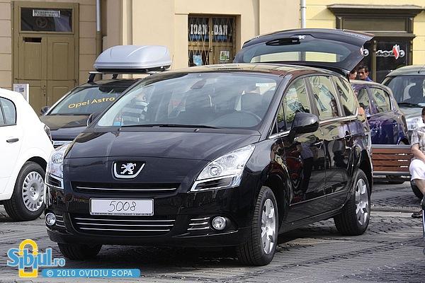 """Peugeot 5008 la Salonul Auto \""""Masinaria 2010\"""""""