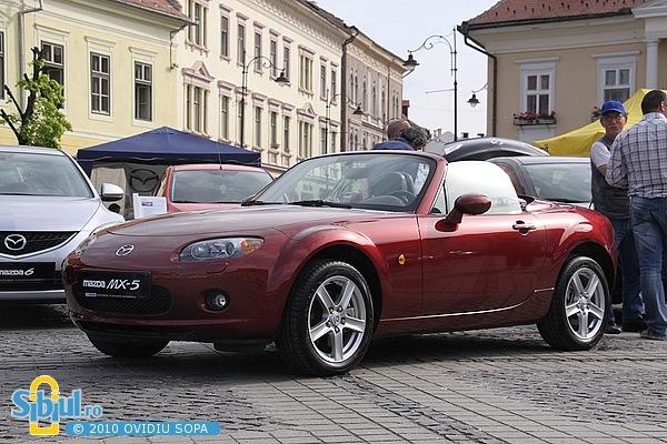 """Mazda MX5 la Salonul Auto \""""Masinaria 2010\"""""""