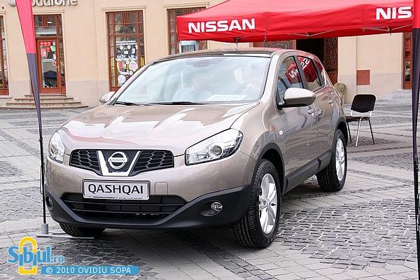 """Nissan Qashqai la Salonul Auto \""""Masinaria 2010\"""""""
