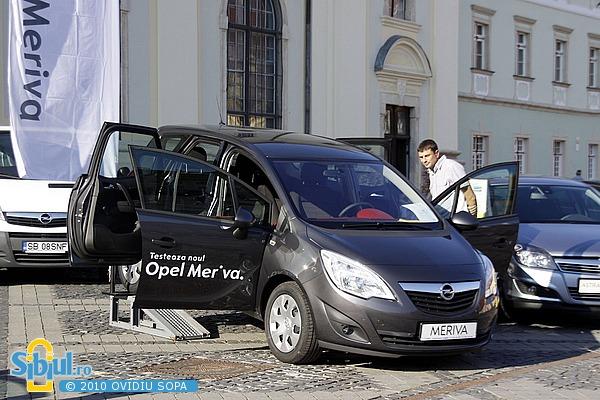 Salonul Auto Masinaria 2010 - Opel Meriva
