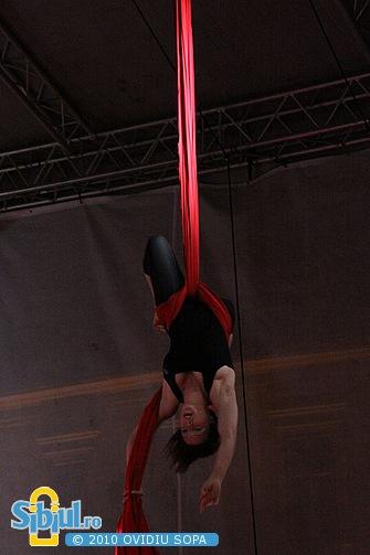 Spectacol de acrobatie AERIAL - Xtreme la FITS 2010