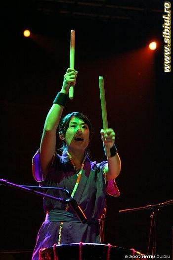 Japanese Taiko Drumming - Fits 2007