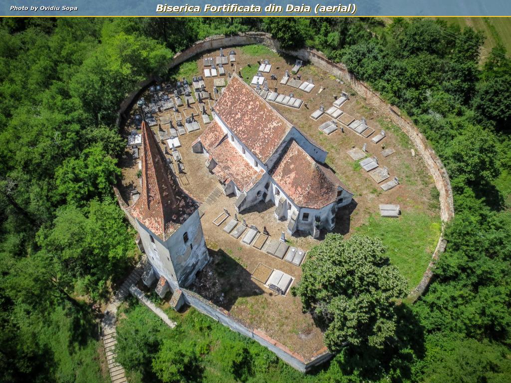 Biserica Fortificata din Daia (aerial)