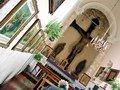 Interiorul Capelei Sfintei Cruci