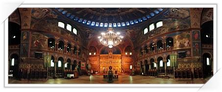 Interiorul Catedralei Ortodoxe din Sibiu