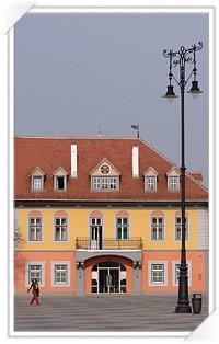 Casa Lutsch din Sibiu, Piata Mare